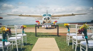 Exchanging rings in a plane