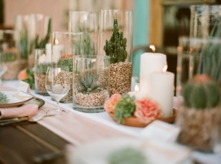 coral and green table top for a wedding