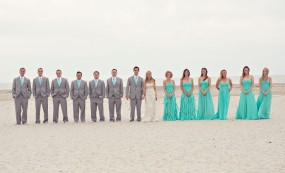 aqua or teal colors for your wedding