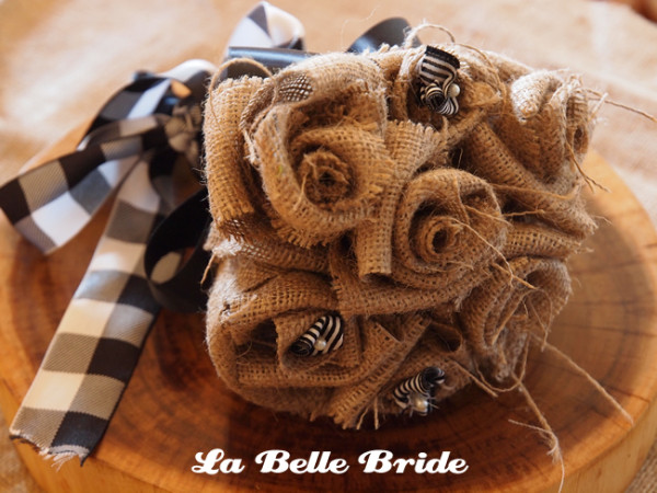 Choosing an different Bridal Bouquet-Marrying-Later-In-Life