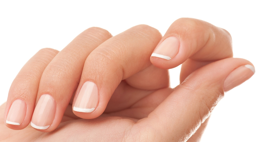 How To Care For Dry Hands and Nails in The Winter Months