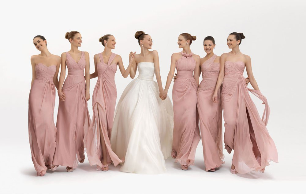 5f7386e7e9d0 How to Dress your Bridesmaids - Marrying Later in Life
