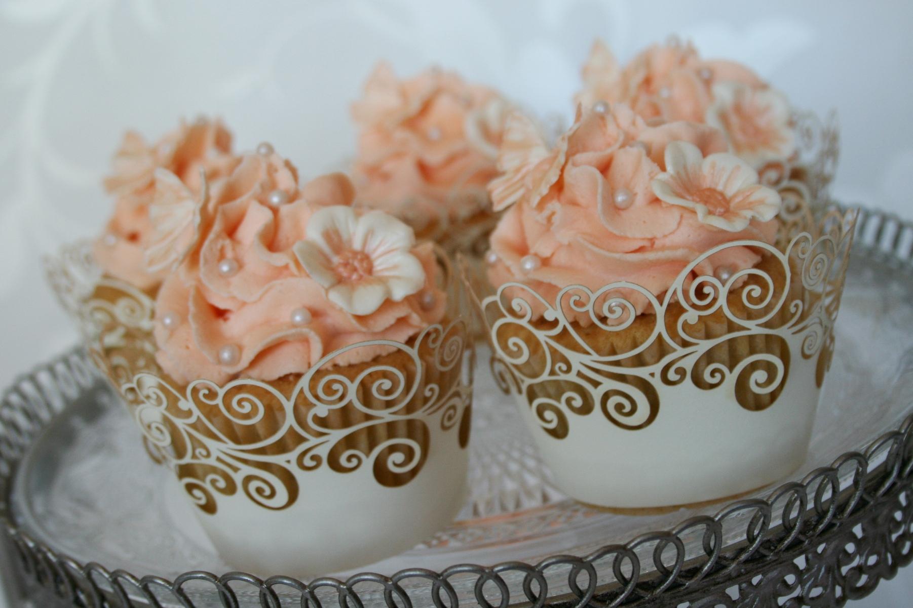 Wedding Cake – Peachy Colors