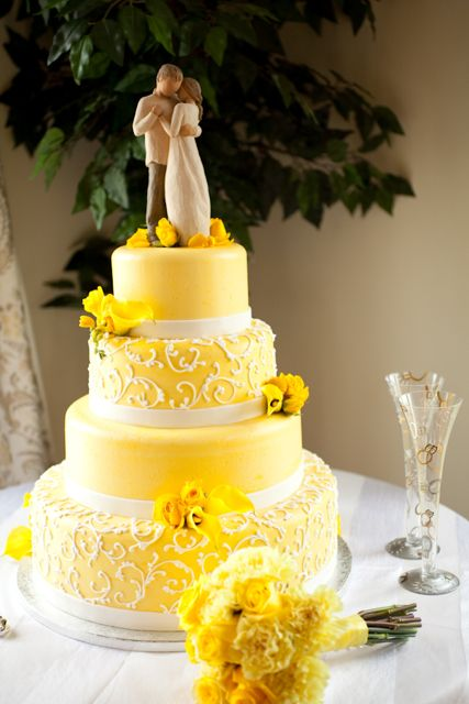 wedding cakes yellow and grey wedding cake colors mellow yellow marrying later in 26162