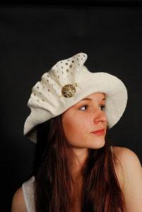 wedding-hat-for-winter-13