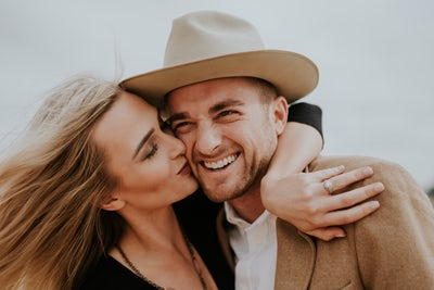 how to date younger women for men over 40